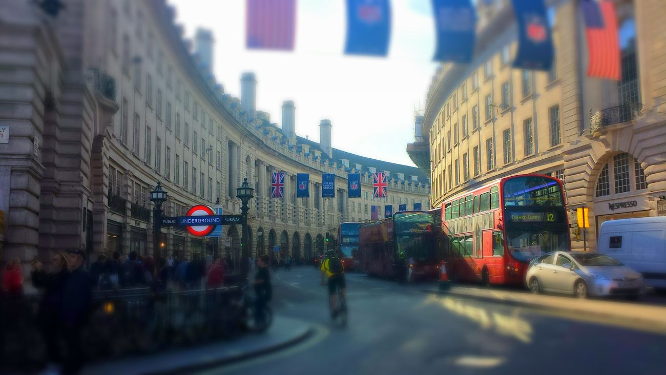 Regentstreet Americans In London Londonthroughmycam Check This Out