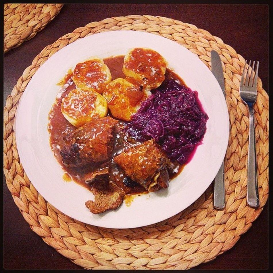 Foodporn Rouladen Kl öße Rotkohl Mittagessen
