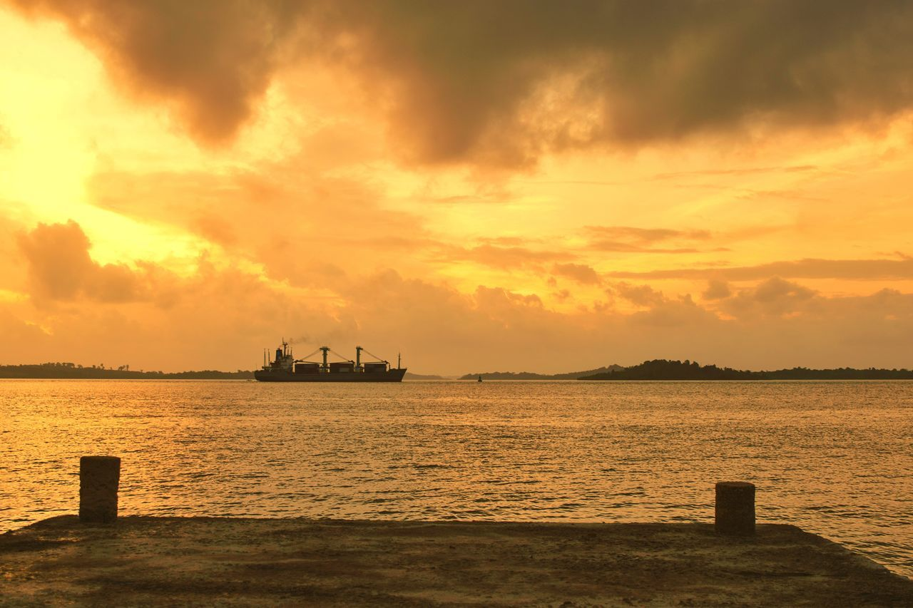 Silhouette Sunset Silhouettes Beauty In Nature Check This Out Tranquility Scenics Romanticsky Dramatic Sky Horizon Over Water Sunset_collection Outdoors Sea Water Nature Sunset Seascape Landscape Sunlight Sunshine Ship Transportation Harbor Harbour Nautical Vessel Monochrome
