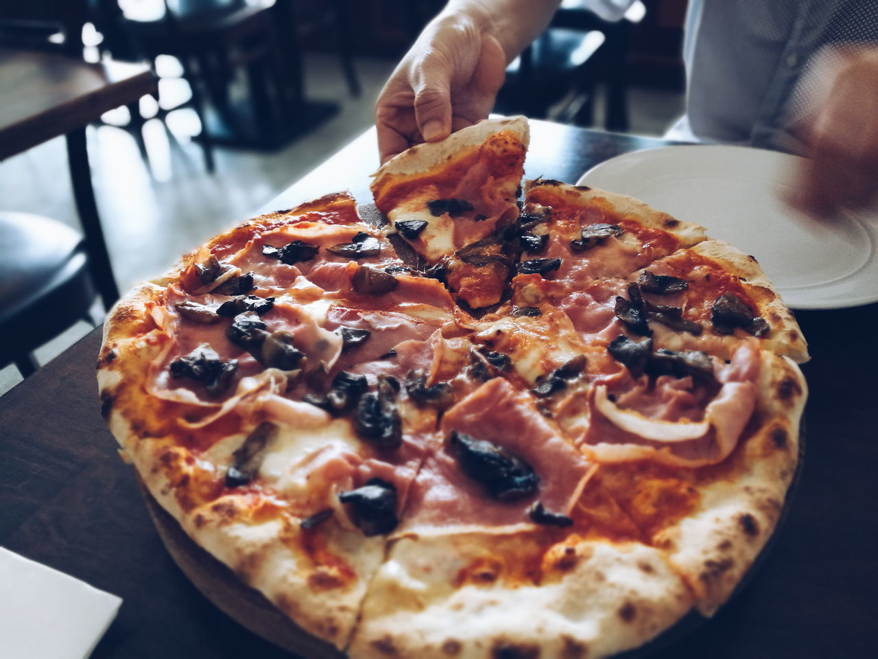ShareTheMeal 1/8.....share Food Freshness Food And Drink Pizza Ready-to-eat Indoors  Temptation Table Human Hand Meal Snacking Savory Food Hunger Sharing  Onmytable Hands In Frame