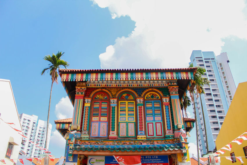 Serene EyeEmNewHere Indian Singapore Architecture Building Exterior Built Structure City Colorful Colorfull Cultures Day Low Angle View Multi Colored No People Outdoors Sky