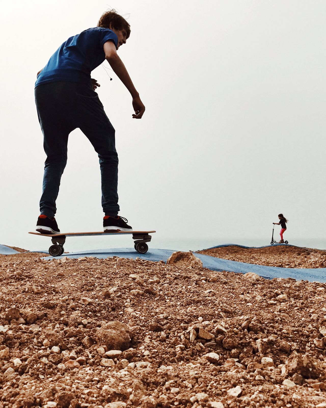 Slide Full Length Real People Standing Leisure Activity Lifestyles Beach One Person Men Day Sky Outdoors People מייסקייט מייאייפון7 IPhone 7 Plus IPhone7Plus Shotoniphone7plus