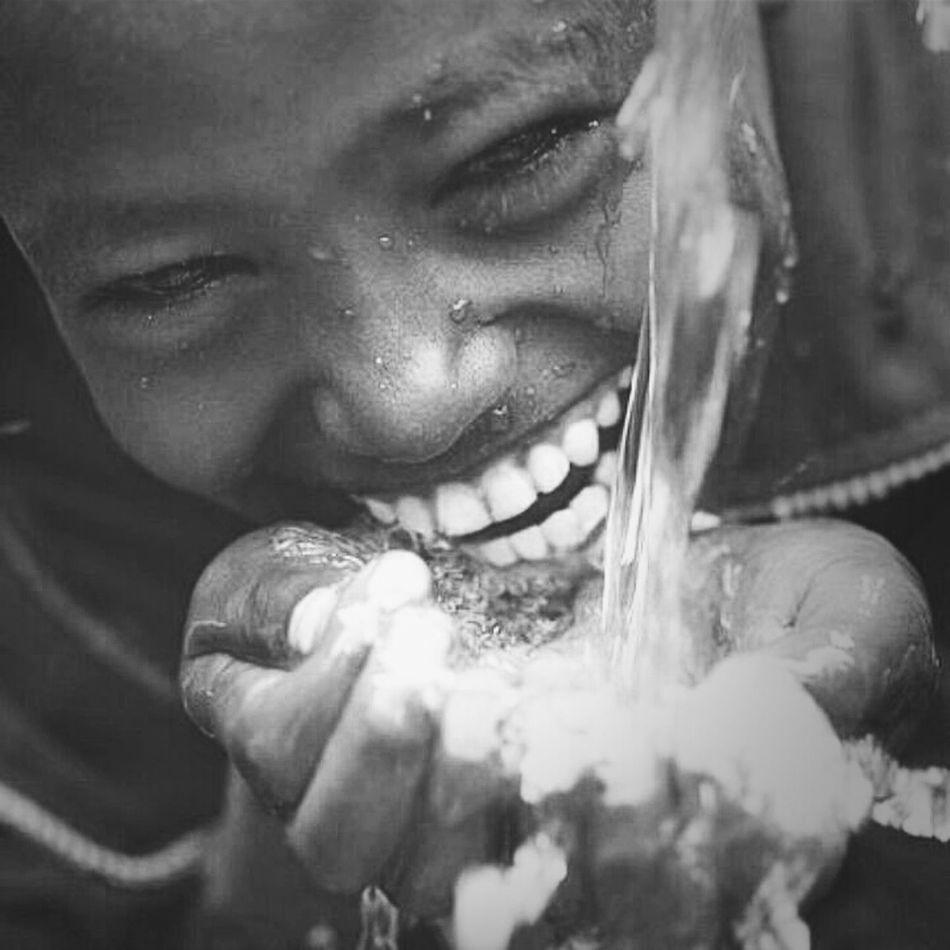 Çocukları öldürmemeliydik güldürmeliydik. Gazaunderattack Justediting Gazze