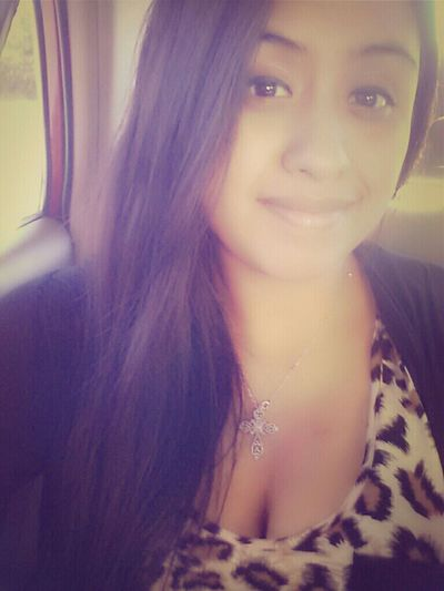 I may not be the most perfect or most beautiful girl in the world but I love mi smile:) haha.