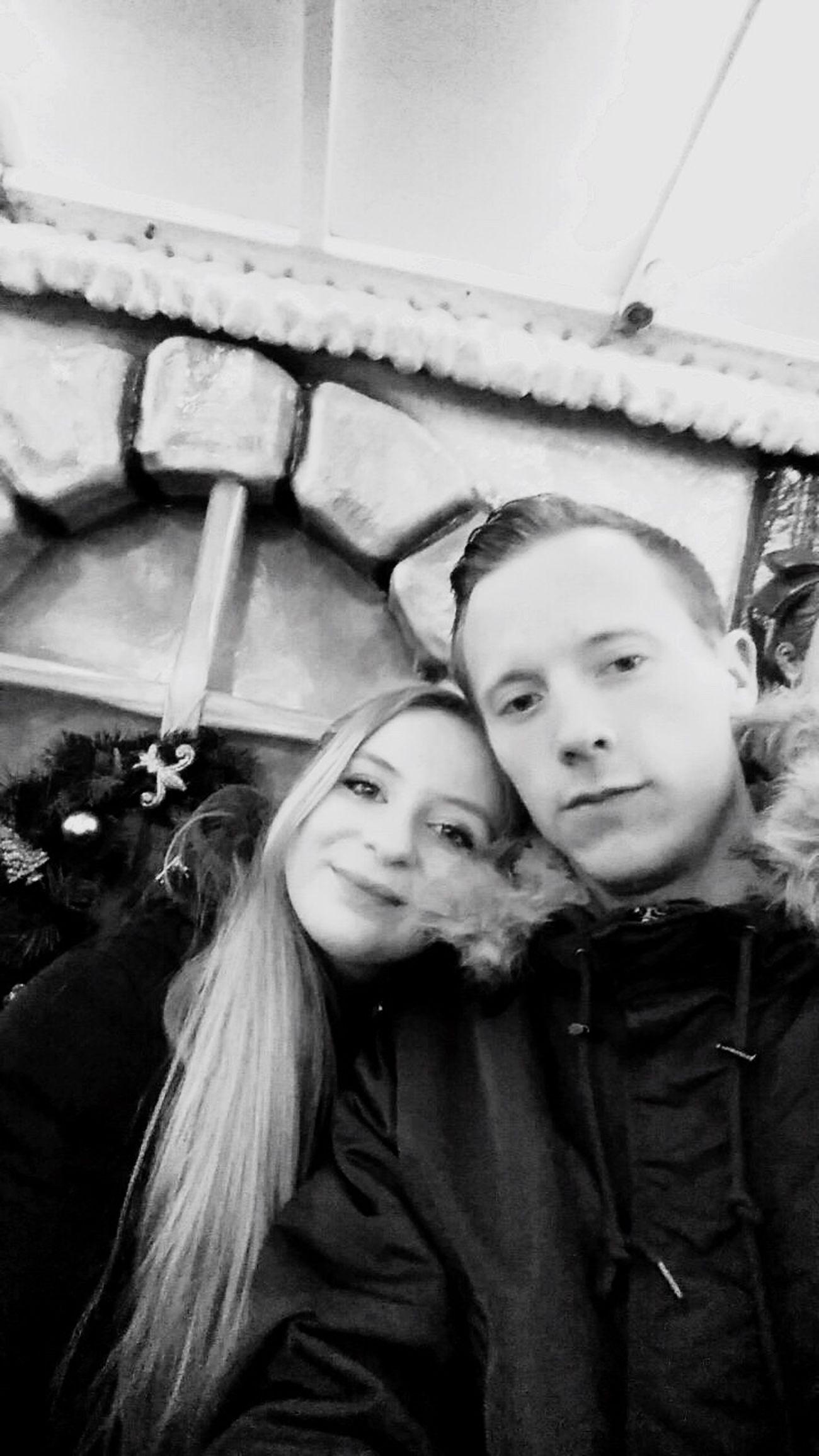 Hanging Out Taking Photos Boyfriend Ich Liebe Dich ! Love ♥ Forever Florian Vanessa Mit Dir
