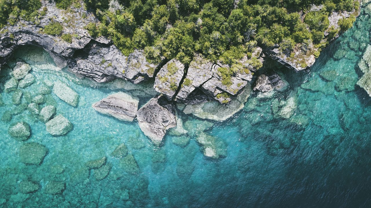 Summer Outdoors Great Lakes Shoreline Huron Water_collection Beach Landscape Drone  Aerial Nature High Angle View Water Crystal Blue Rock Square Stone Geology Aerial View Adventure Textured  Grotte Grotto Forest The Great Outdoors - 2017 EyeEm Awards