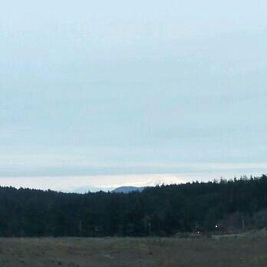 Mt Baker kinda there.