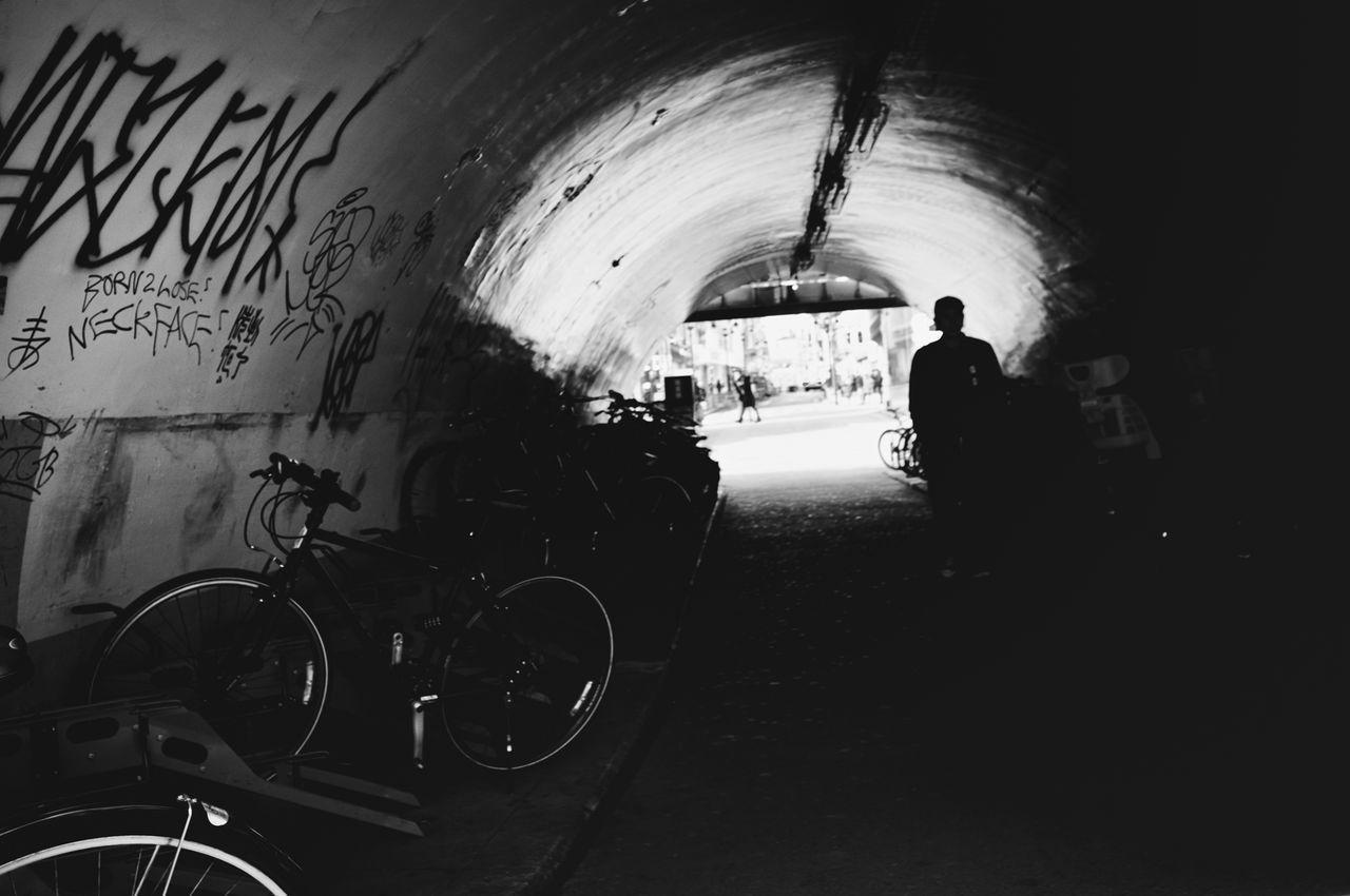 Voidtokyo The Week Of Eyeem Monochrome Photography B&w Street Photography Streetphotography_bw Streetphoto_bw Japan Black And White Blackandwhite Streetphoto Street Photography Tokyo People Streetphotography