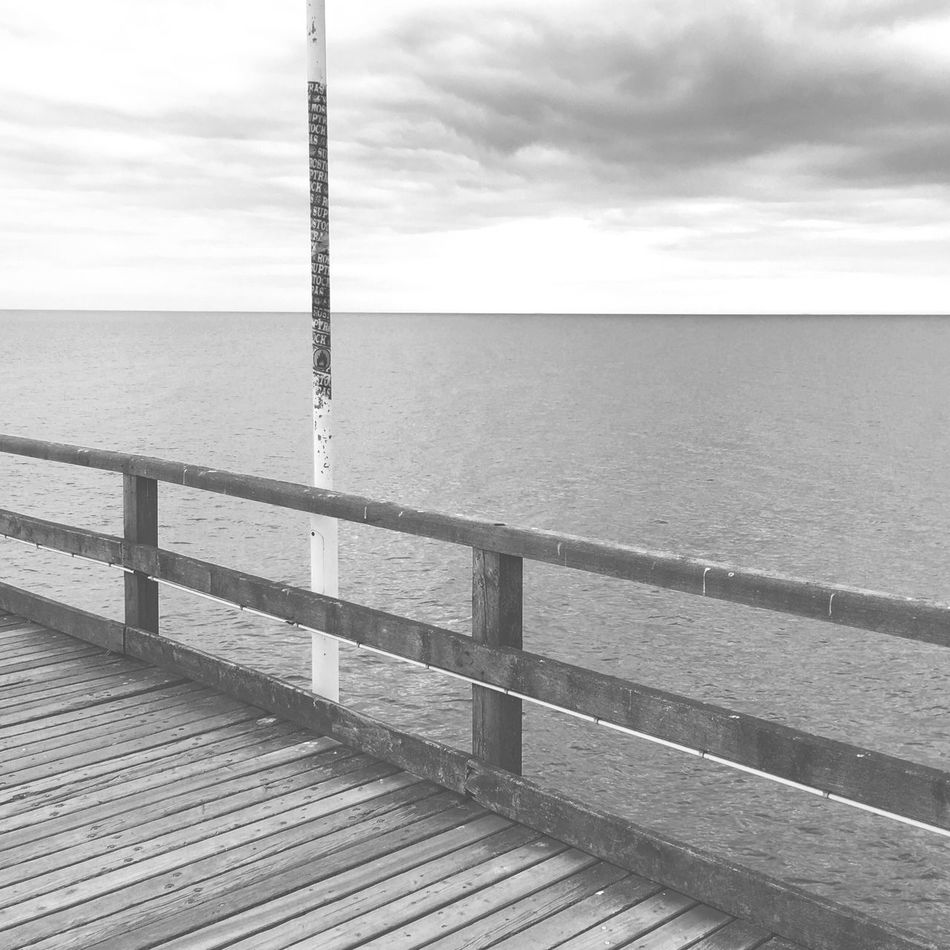 seascape. Ostsee Zinnowitz Clouds And Sky Sky Clouds Sea And Sky Sea Wood Nature Still Life Blackandwhite Photography Black & White Blackandwhite No People Waterfront Beauty In Nature Seascape Horizon Over Water Water IPhoneography Iphoneonly Iphonephotography Fresh On Eyeem  Solitude