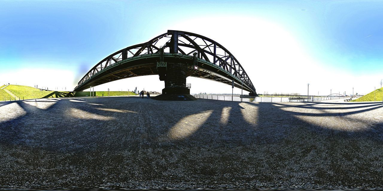Outdoors Sky No People Architecture City Bridge - Man Made Structure Silhouette Panorama Foto Duisburg   Germany Rhein💫