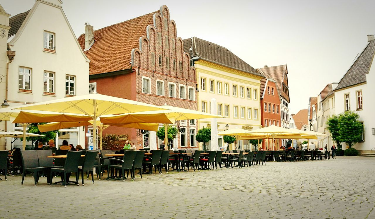 Warendorf historical market. A place to enjoy the summer feeling of autumn Walking Around People Watching Outdoor Photography Autumn Colors Riding Bike Streetphotography