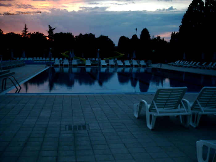 Evening Sunset Water Tranquil Scene Swimming Pool