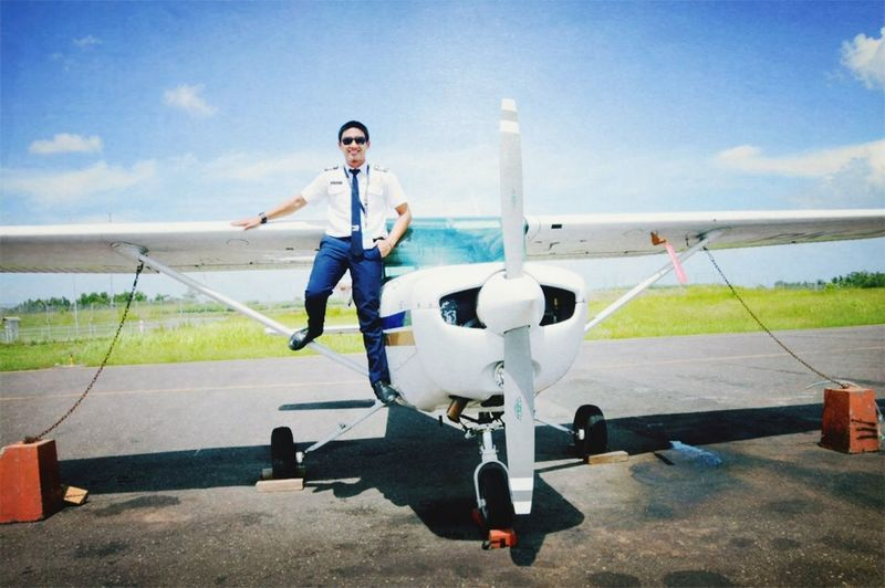 Pilot Aviation Cessna INDONESIA