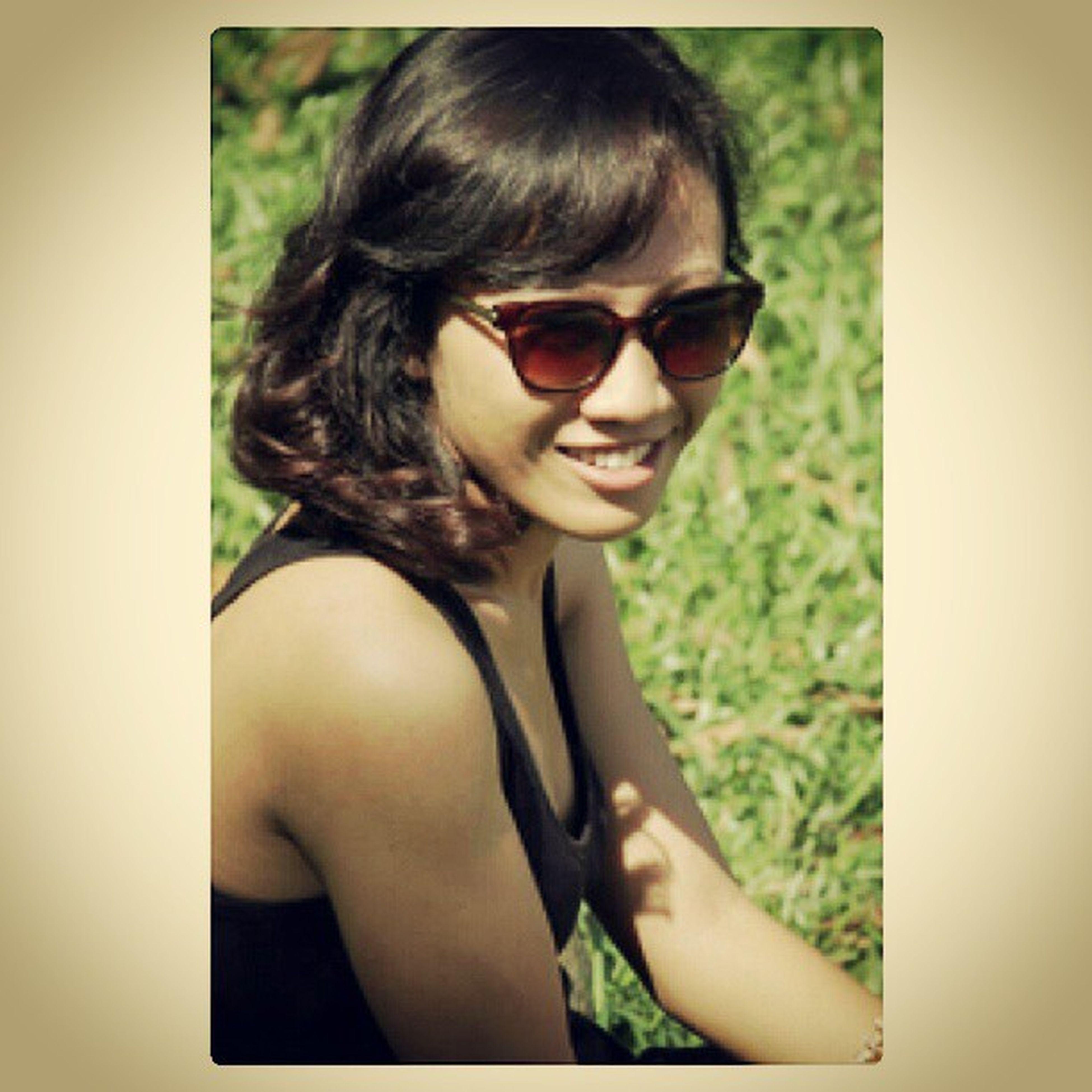 Photooftheday Iphongram Iphonesia Instaphoto instagood cibubur sunglasses