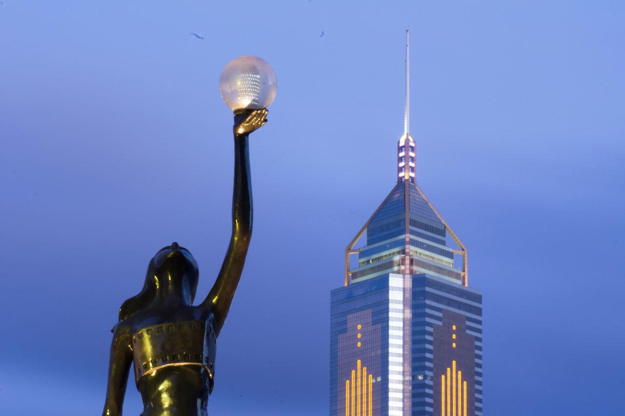 Hong Kong City Lights Victoria Harbour Statue