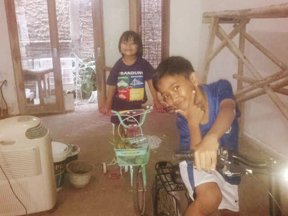 HAPY😍😘😜 Happy :) Senang Sepeda Cilik Keponakan Newphew  Photo♡