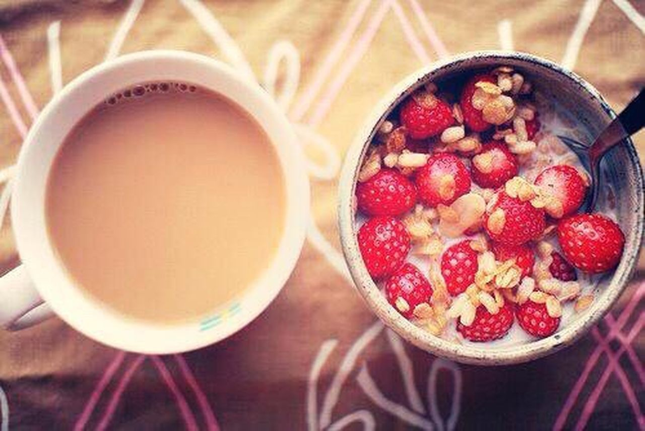 Bowl Healthy Eating Fruit Food And Drink Breakfast Milk Indoors  Food Drink Raspberry Freshness Table Seed Healthy Lifestyle No People Oats - Food Chia Seed Dried Fruit Smoothie Close-up