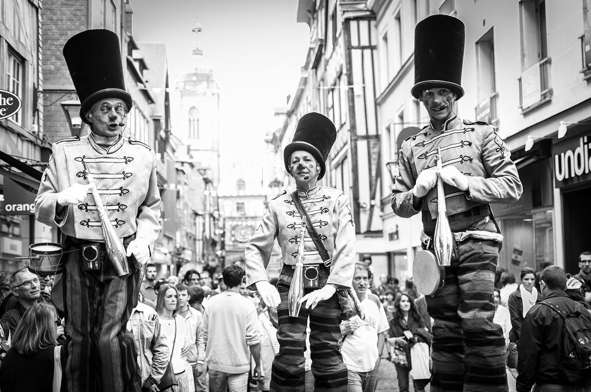 Clowns de rue Bnw_friday_eyeemchallenge Bw_collection Blackandwhite Streetphoto_bw