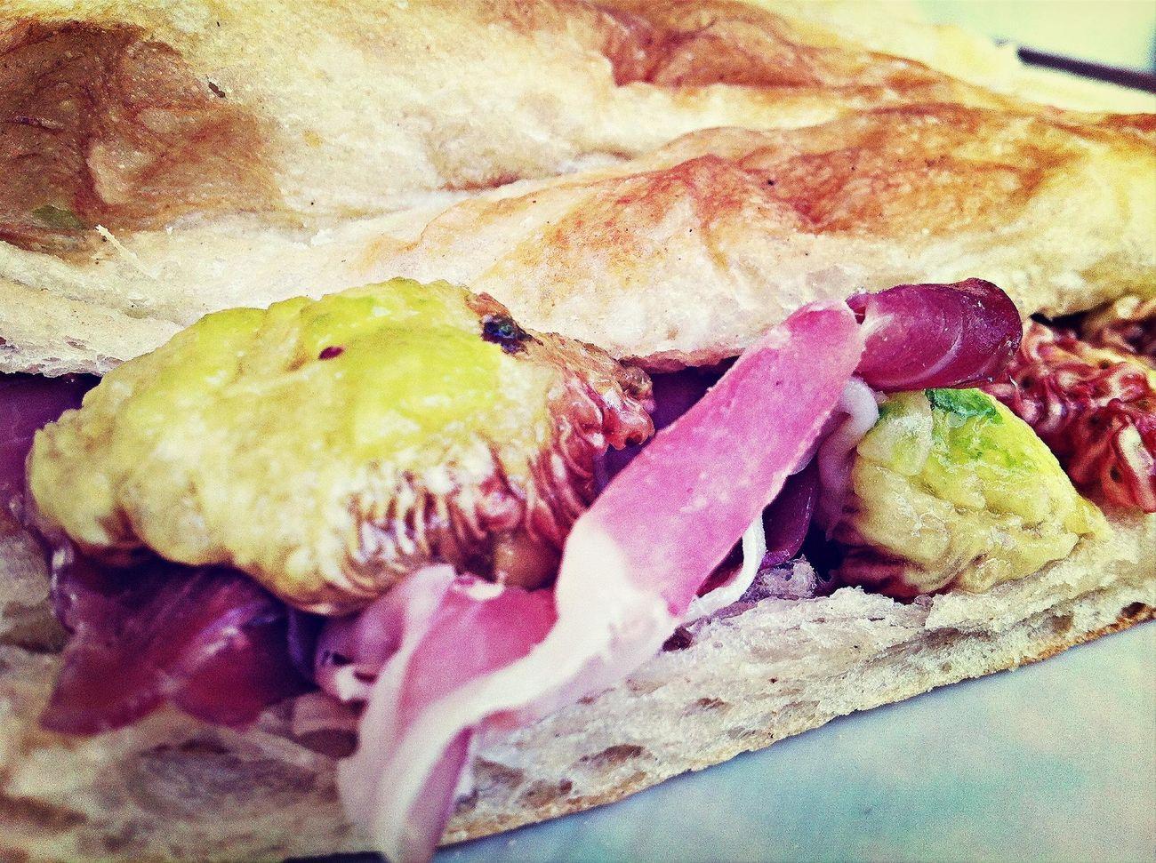 pizza,fichi e prosciutto...un classico Eye4photography  Mediterranean Food Summer Food I Love Food!