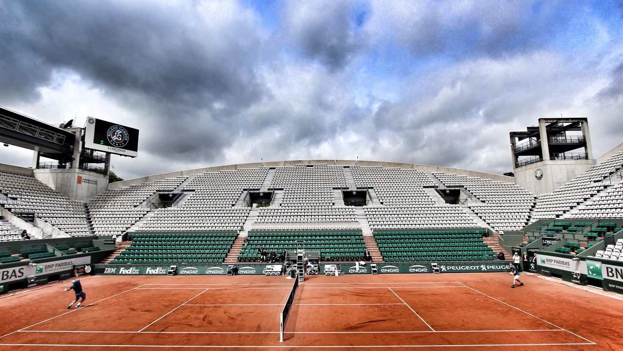 Tennis 🎾 Tenniscourt ROLAND GARROS Rafa  Nadal Rafanadal Rafael Nadal  Rafa Nadal Murray Andy Murray Andymurray Grand Slam Paris, France  Atp Tennis Frenchopen EyeEmNewHere Rafaelnadal