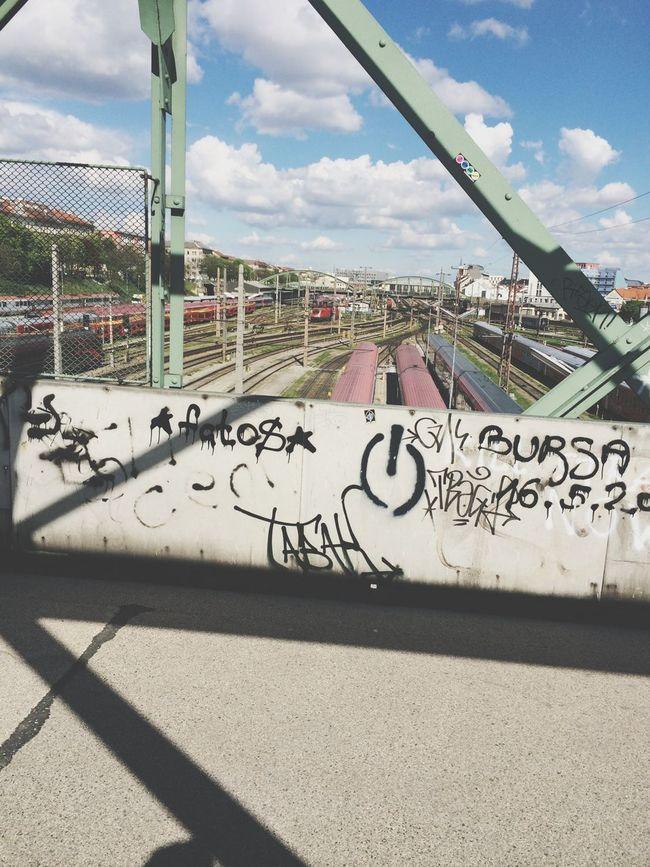 Stree Photography Grafitti Bridge