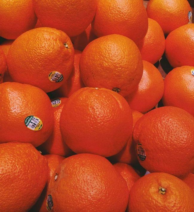 Oranges..Mmmmm. Eye4photography  Shades Of Orange Oranges Fruit Fresh Produce Freshness Vitamin C EyeEm Picturesque Getty Images EyeEm Gallery Eyeem Market Takeaway Show Us Your Takeaway! Eyeem Fruits EyeEm Fruit Collection