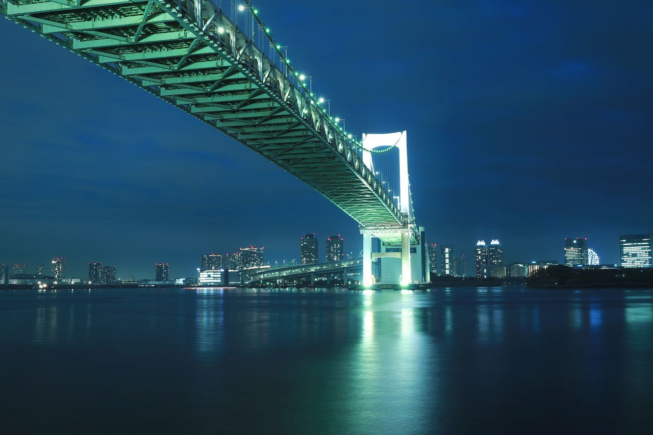 Sea Illuminated Urban Landscape Tokyo Japan Tokyobay Nightphotography Nightscape Nightview Shibaura Night Reflection Rainbowbridge Low Angle View Waterfront Tokyo Bay