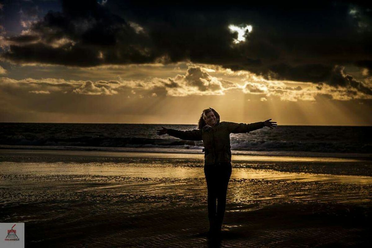 Cloudporn Clouds And Sky Canon5dmarkiii Canon 24-70 Sunset ANGEL IN CLOUDS Nature EyeEm Nature Lover Beach Sea