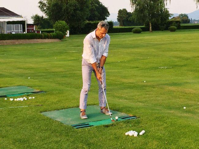 Golf Course Sportsman Golf Course Taking A Shot - Sport Golf Club Golfer