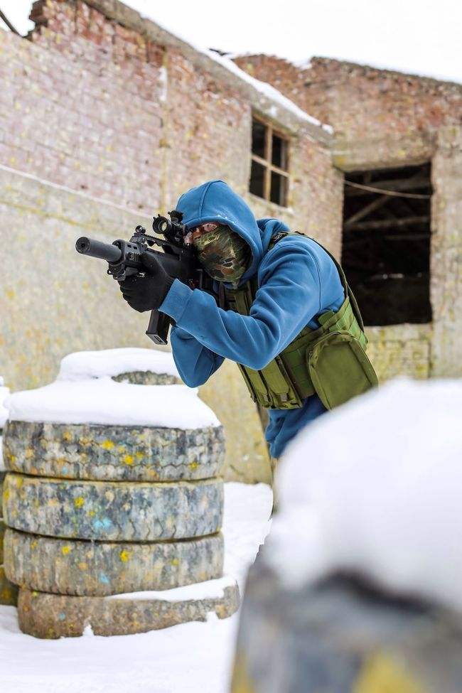 White Photooftheday Picoftheday Photography People Portrait Photography Weapon Mask Airsoftsports Airsoft Player Airsoft Gear Snow Airsoft Turkey