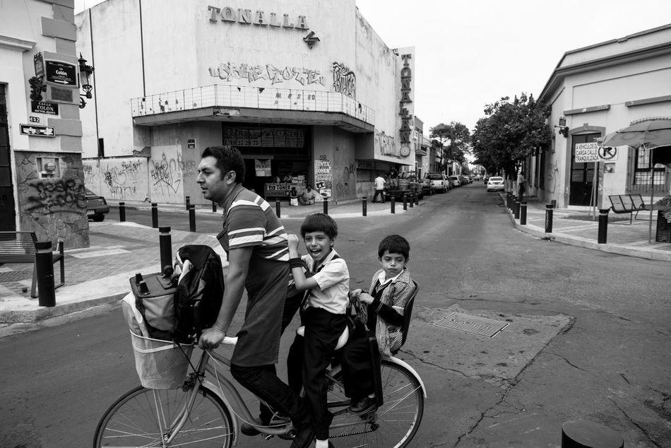 Beautiful stock photos of mexiko, bicycle, street, building exterior, built structure