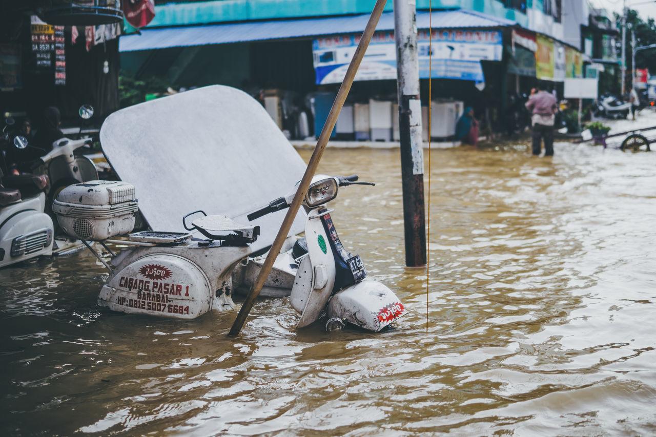 Flooding City Day Flood Outdoors Scooter Streetphotography Transportation Vespa Water
