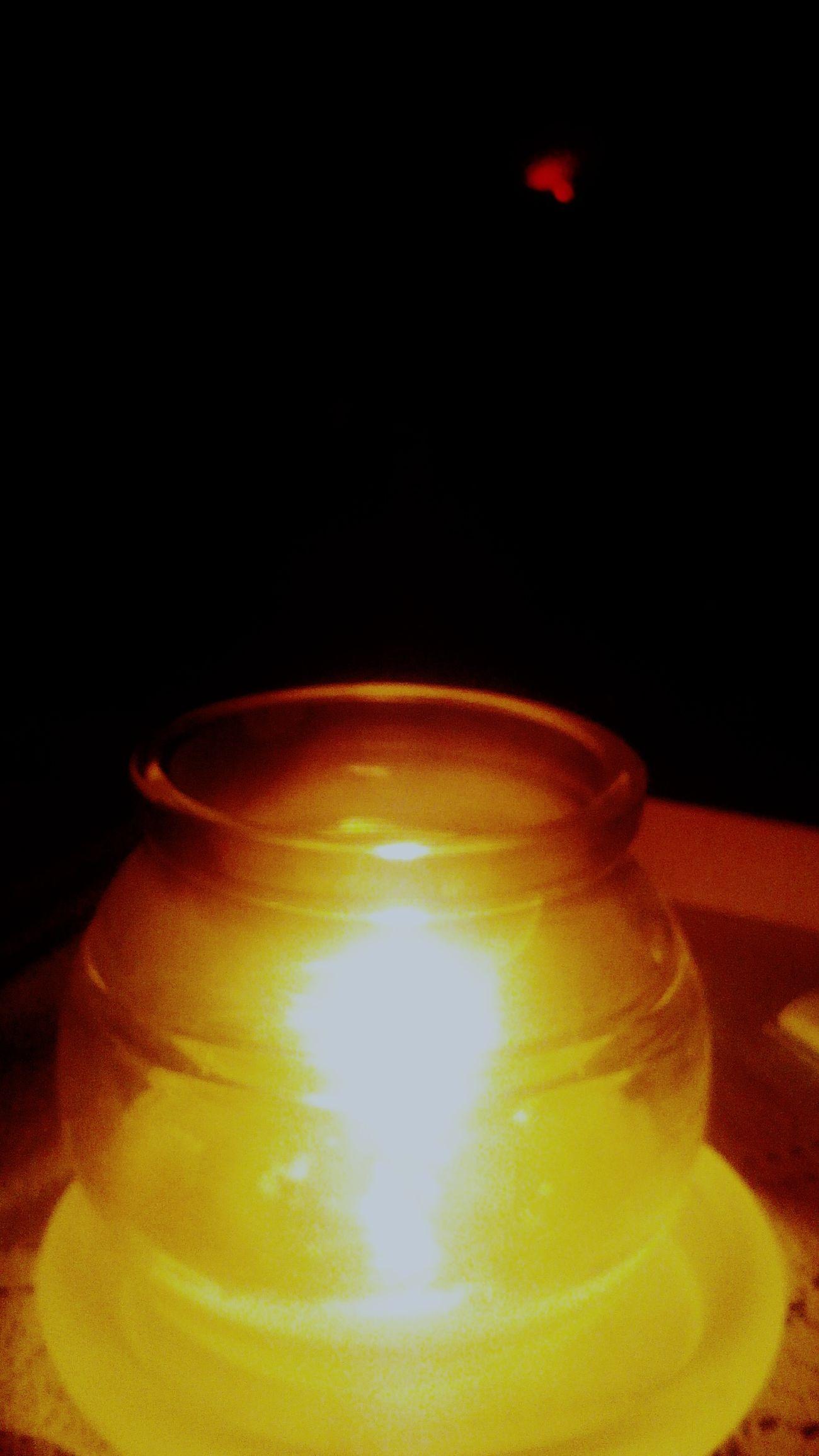 Light And Shadow Light Night Night Lights Oto świeczka, zapalana zawsze wieczorkiem do nastroju myślenia