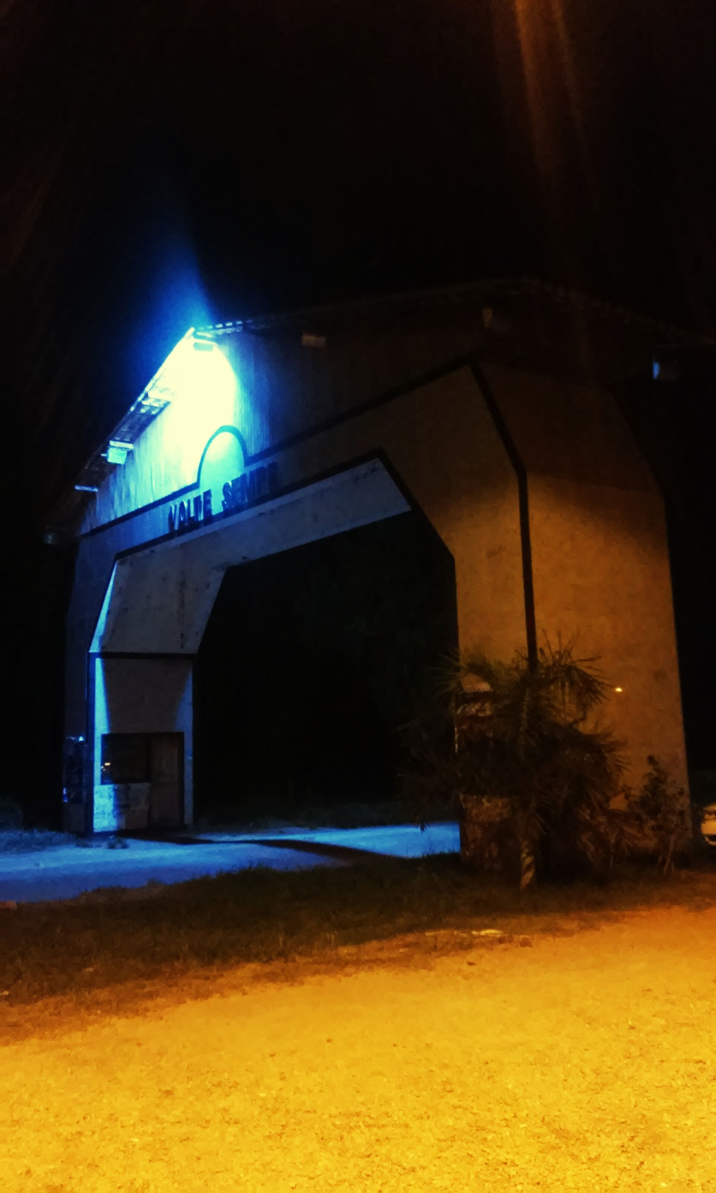 night, illuminated, lighting equipment, built structure, arch, no people, outdoors, light effect