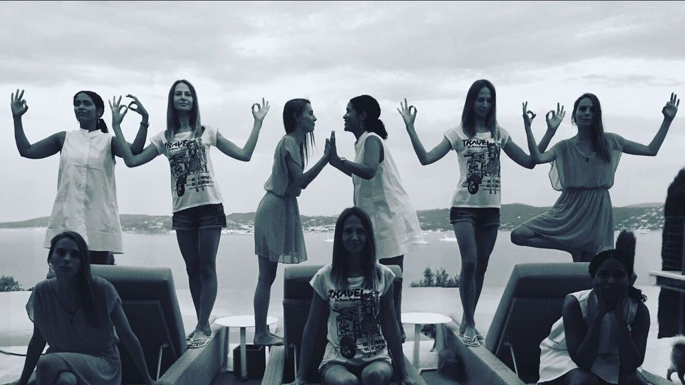 Clones and only clones Multiple Same  Girl Women Who Inspire You Saint Tropez France