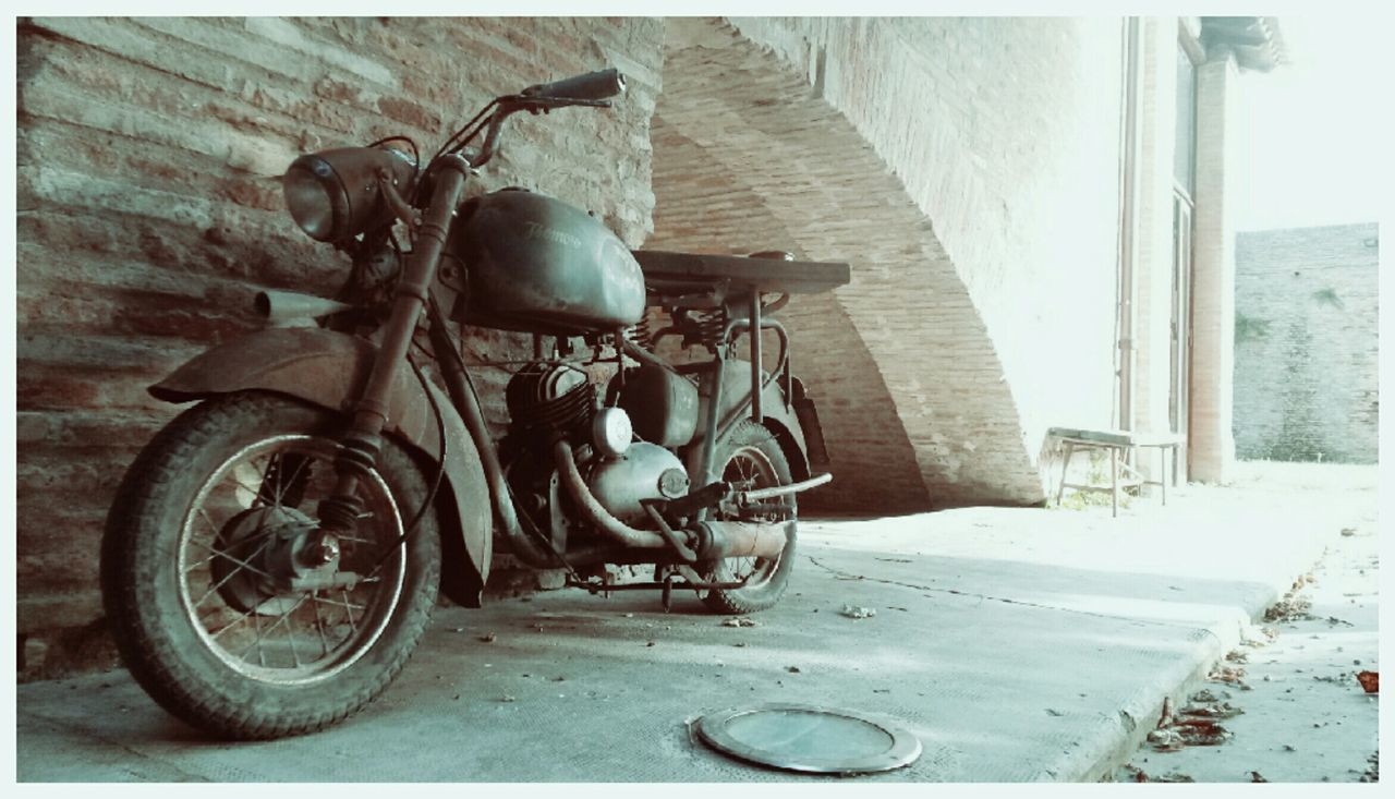 Vintage Motorcycles Monument Wall Photo Photography Photooftheday Filter Like Fano Marche Italy🇮🇹 First Eyeem Photo