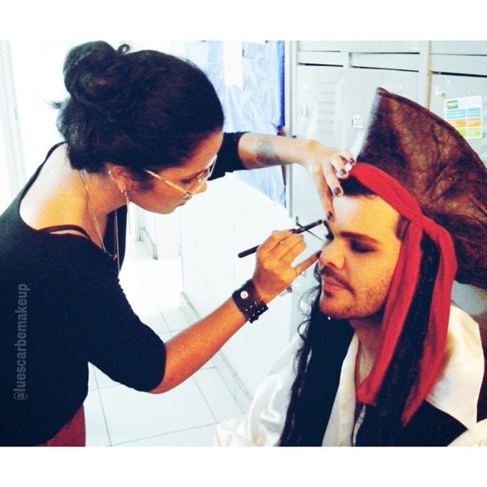 Jack Sparrow Make-Up, in Boulevard Shopping - Mob Marketing Criativo JackSparrowmakeup Makeup Maquiagemprofissional Maquiagemartistica caracterização art maquiadora luescarbemakeup mobmarketingcriativo