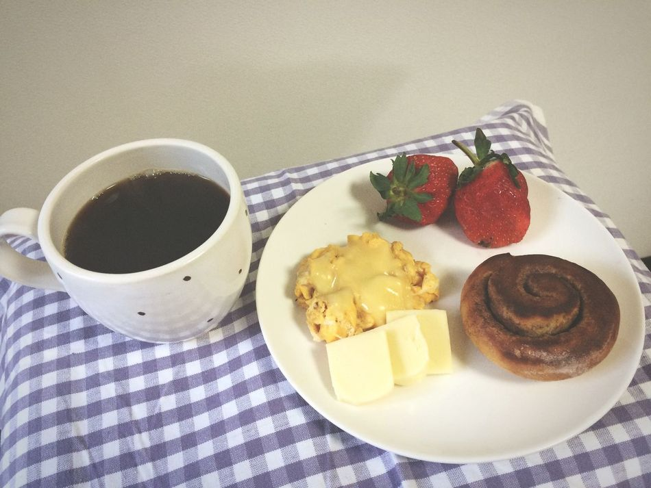 Breakfast Cinamonroll Yummy Coffee Strawberries Egg