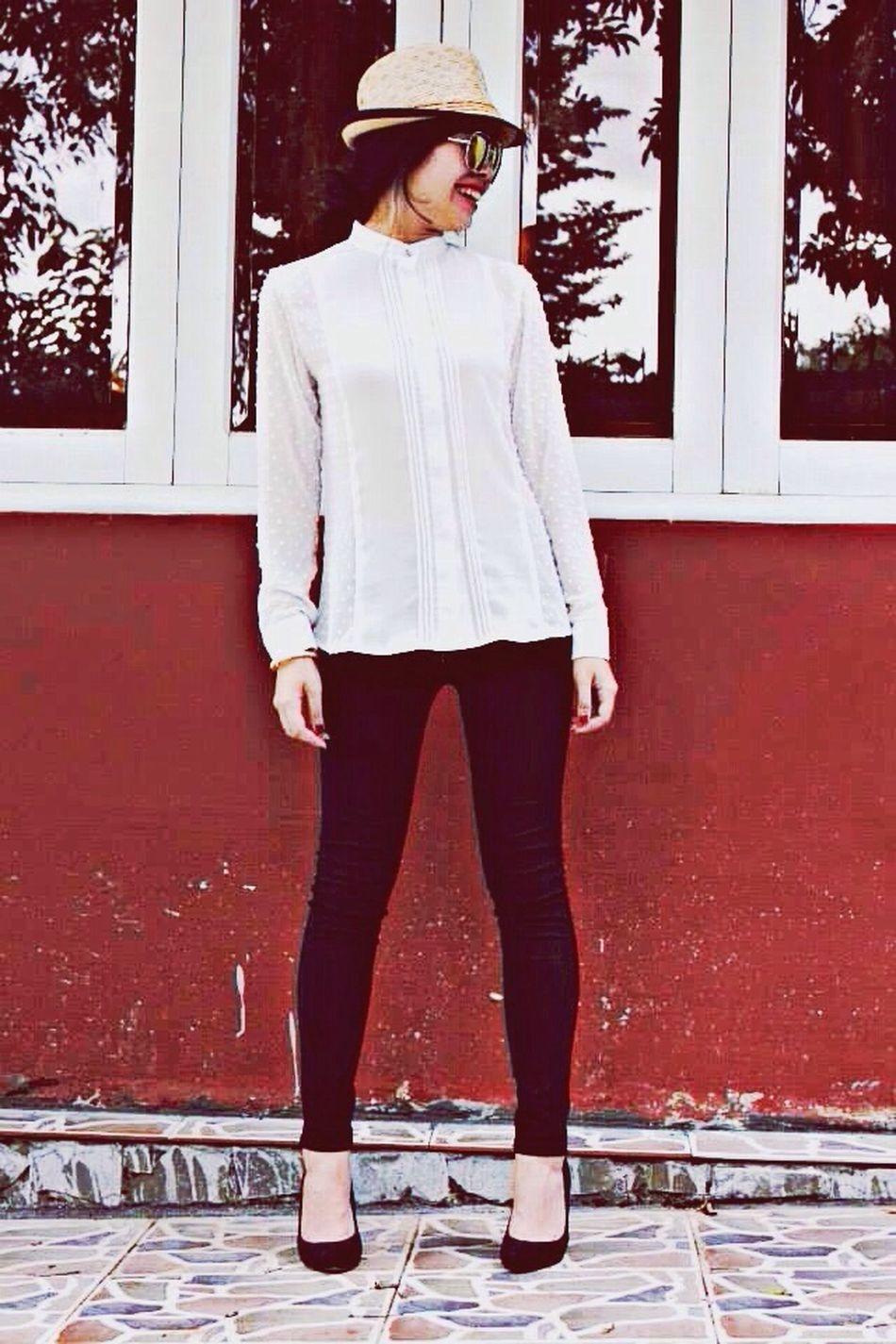 Facebook Voi's Corner ! Fashion for girl ! Hello World