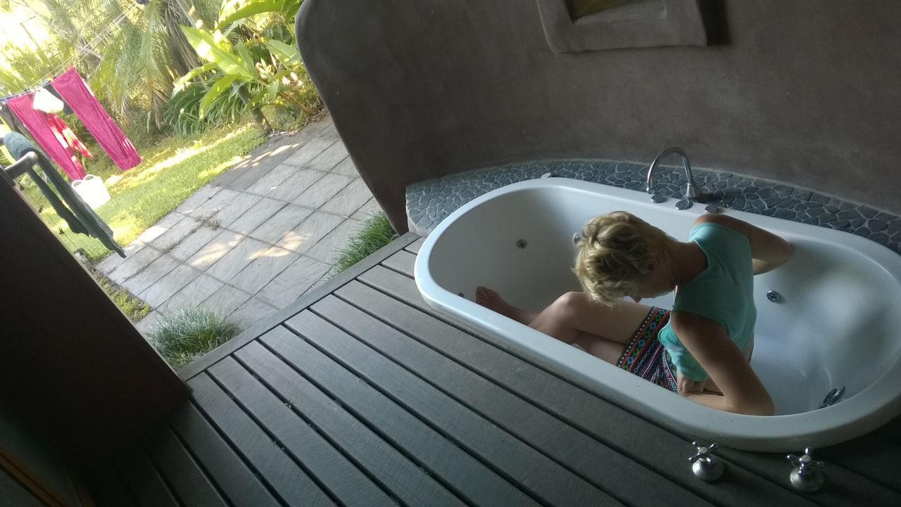 Beautiful stock photos of bath, Bathing, Bathroom, Bathtub, Blond Hair