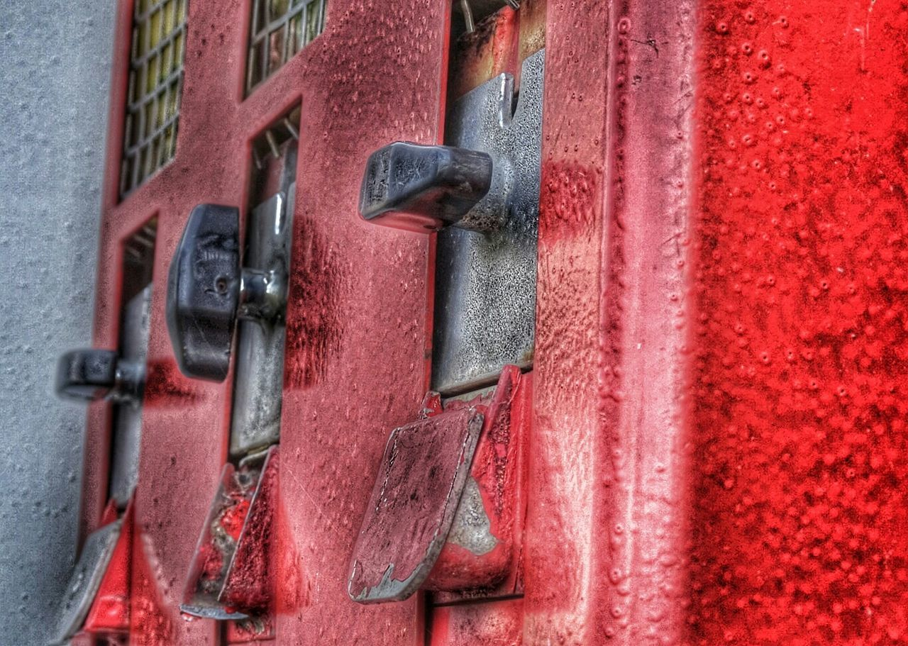 red, door, close-up, metal, outdoors, day, no people, full frame, rusty, backgrounds, textured, latch