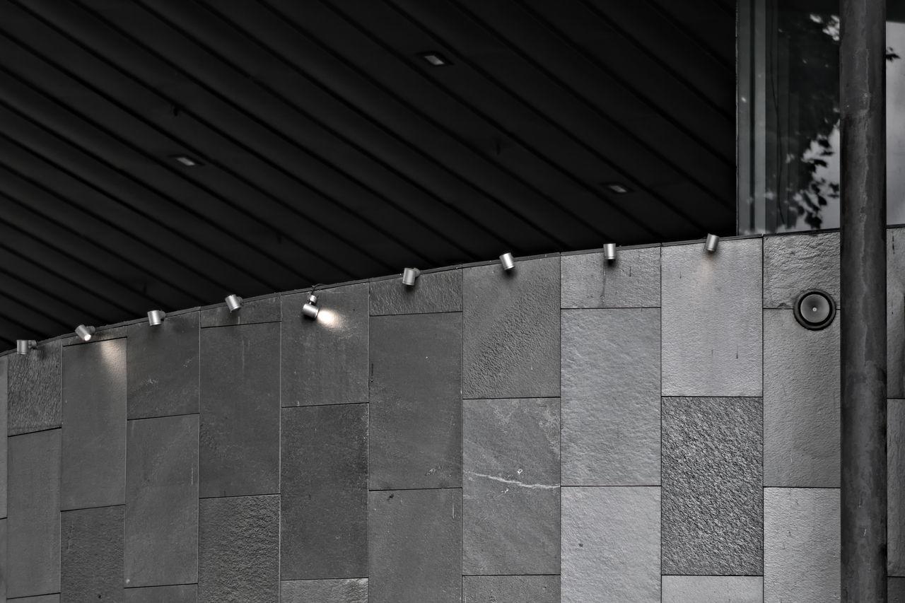 La petite lumiere travaille de jour aussi Built Structure Outdoors Building Exterior No People Alpha 77 II The Architect - 2017 EyeEm Awards Day Eye4photography  Urban City Street The Architect - 2017 EyeEm Awards The Architect - 2017 EyeEm Awards