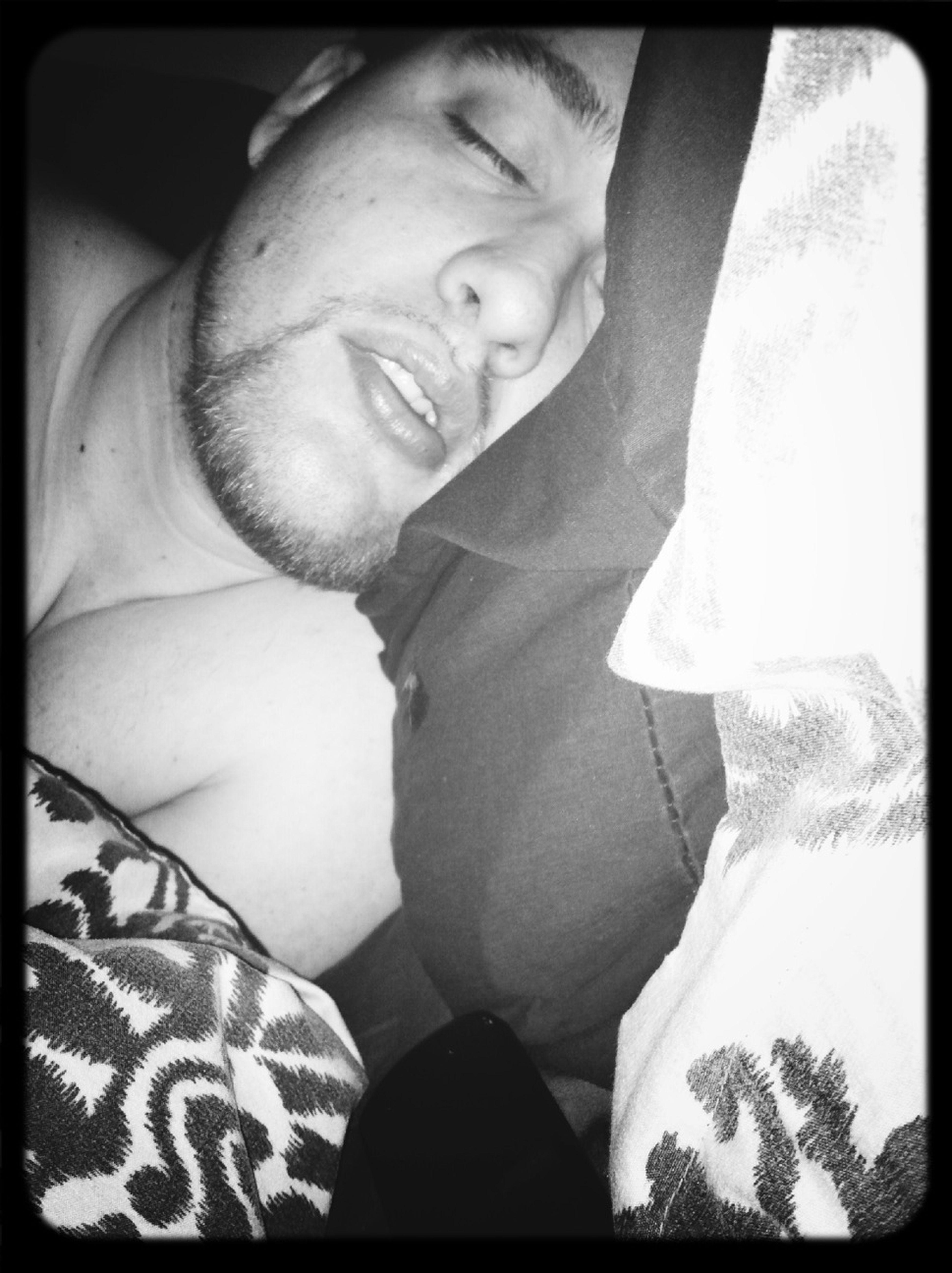 He looks so cute sleeping.. ❤