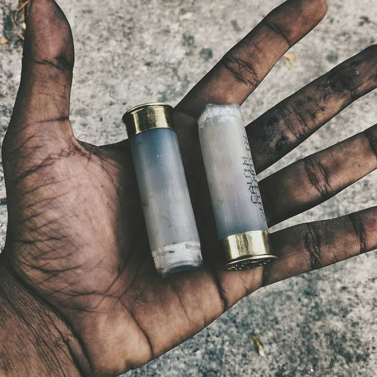 Human Hand Strength Adult Close-up Protest Venezuela Protests Bala Violence Dictator Dictature The Street Photographer - 2017 EyeEm Awards The Great Outdoors - 2017 EyeEm Awards The Photojournalist - 2017 EyeEm Awards