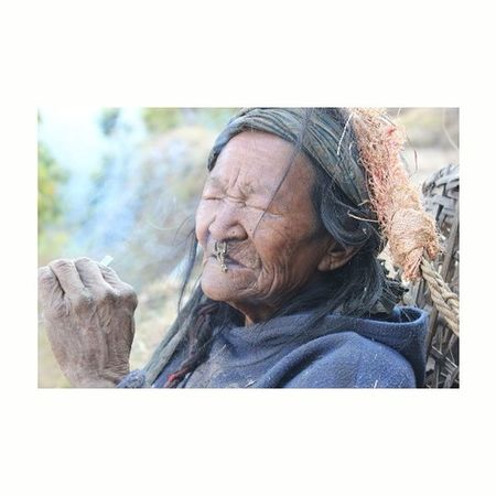 Traditional way of style and living so peaceful happy in her way. Live To Learn Hello World