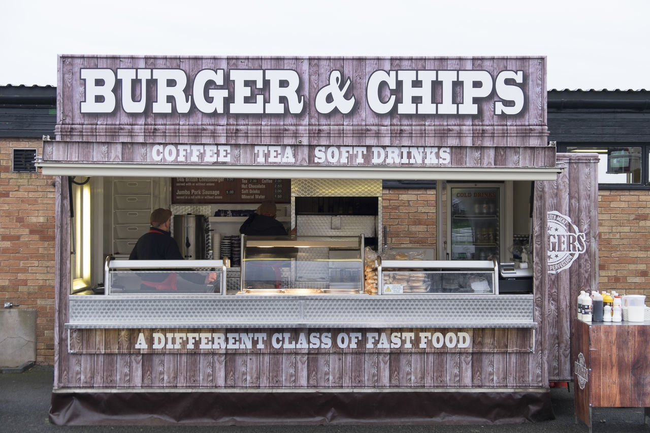 Burger van Burger Burger And Chips Burger Van Food And Drink Food And Drink Industry Food Truck Food Van Outdoor Catering Text Unhealthy Unhealthy Eating Unhealthy Food Unhealthy Lifestyle Unhealthy Living