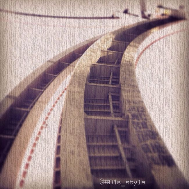 01s_style Upside Down Highway 逆さま