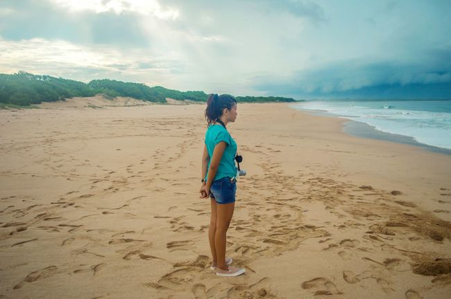 Fly to borneo. See you next time. Showcase: February Enjoying Life Girl Asian Girl Beach Life Is A Beach On The Beach Nature Nature Photography Nature_collection People People Watching Landscape Landscapes