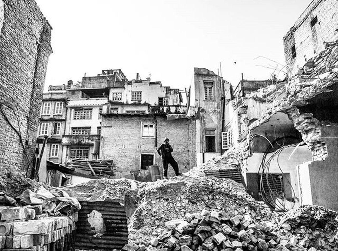 Basantapur, Kathmandu. November 12th. Street Streetphotography Kathmandu Nepal Nepalphotoproject Earthquake Nepalearthquake Urban Nikon1j1 Blackandwhite Blackandwhiteisworththefight Streetbwcolor Streetminimal Dktm @streets_kathmandu