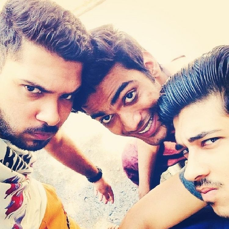 Bff Besties Selfie Ramdomclick Monstertrio Beard Fun Faces
